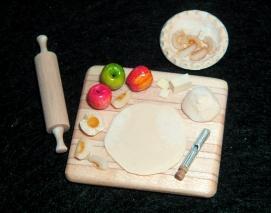 Apple or Peach Pie Prep Board - $48.00
